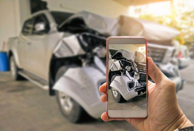 car accident lawyer in los angeles help